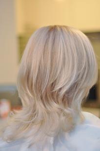 Pearl colour hair