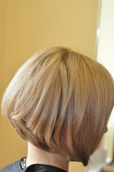 Wavy hair haircut