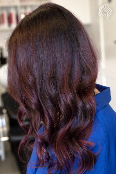 Light Balayage in violet
